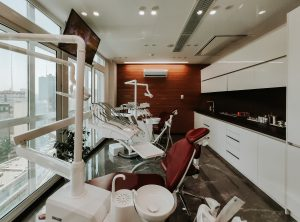 nhs dentist facility with air purifier